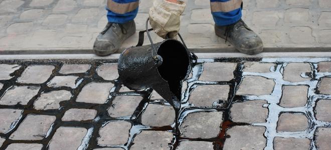沥青在屋面防水堵漏中的应用